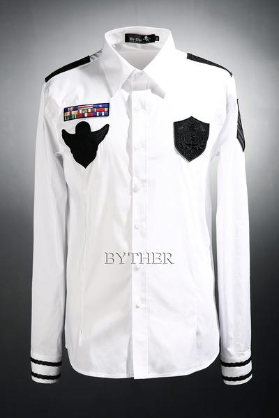 ByTheR 밀리터리 와펜 패치 셔츠